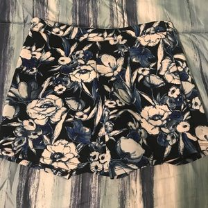 floral shorts from abercrombie!